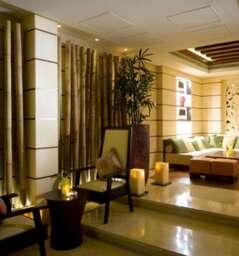 Crossroads Cocktail Bar at Raffles Dubai