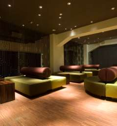 night clubs in frankfurt velvet. Black Bedroom Furniture Sets. Home Design Ideas