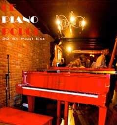 Le Piano Rouge Lounge