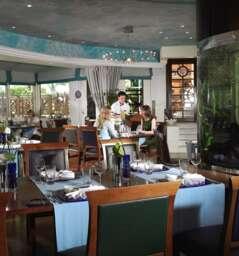 Waterside Seafood Restaurant & Terrace- Al Murooj Rotana