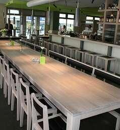 Brunnerz Restaurant Café & Bar