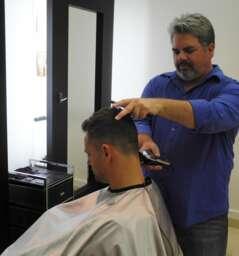 Head Salon (Kraig Casebier American Barber)