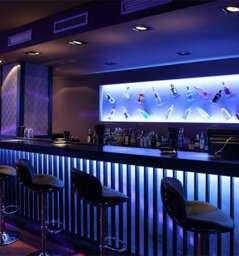CROM Restaurant & Lounge