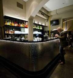 1010 Bar