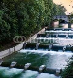 Isar cascades