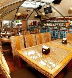 Zlute Lazne- Beach Bar