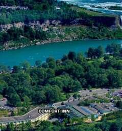Niagara Falls Hotels on Clifton Hill