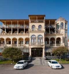Hotel Ambassadori - Terrace Hotel