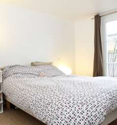 Fully Furnished 1 bedroom apartment with private balcony