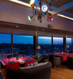 St*Astra, Radisson Blu Park Hotel