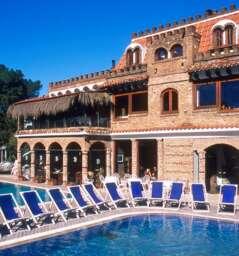 Averno Damiani's Resort