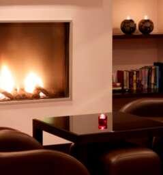 Park Plaza Hotel (Elite Lounge)
