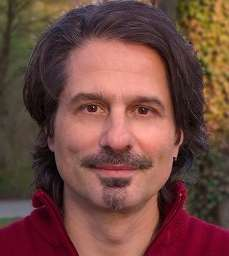 Leon d'Avigdor - Individual and Relationship Counseling, Couples Therapy, Coaching