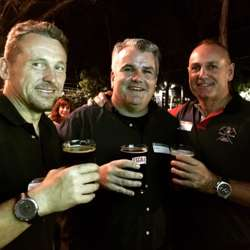 Iain Perkins 🇬🇧, Gavin Doyle 🇮🇪 & Jonathan Brocksom 🇬🇧 sampling the artisanal beer. 🍺